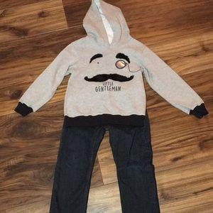 Boys Jeans & Sweatshirt
